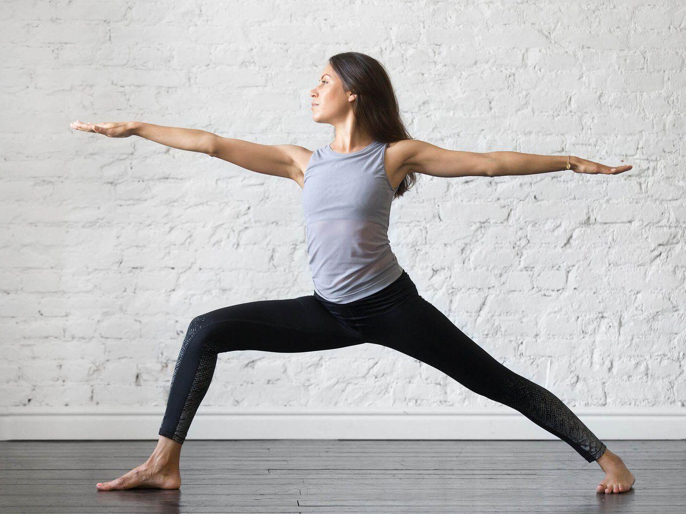 Yoga-Übungen für Einsteiger und Fortgeschrittene | Yoga ...