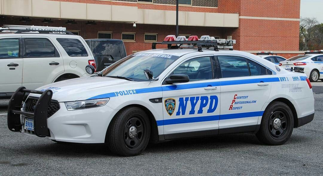 Nypd Ford Interceptor Police Cars Ford Police Old Police Cars