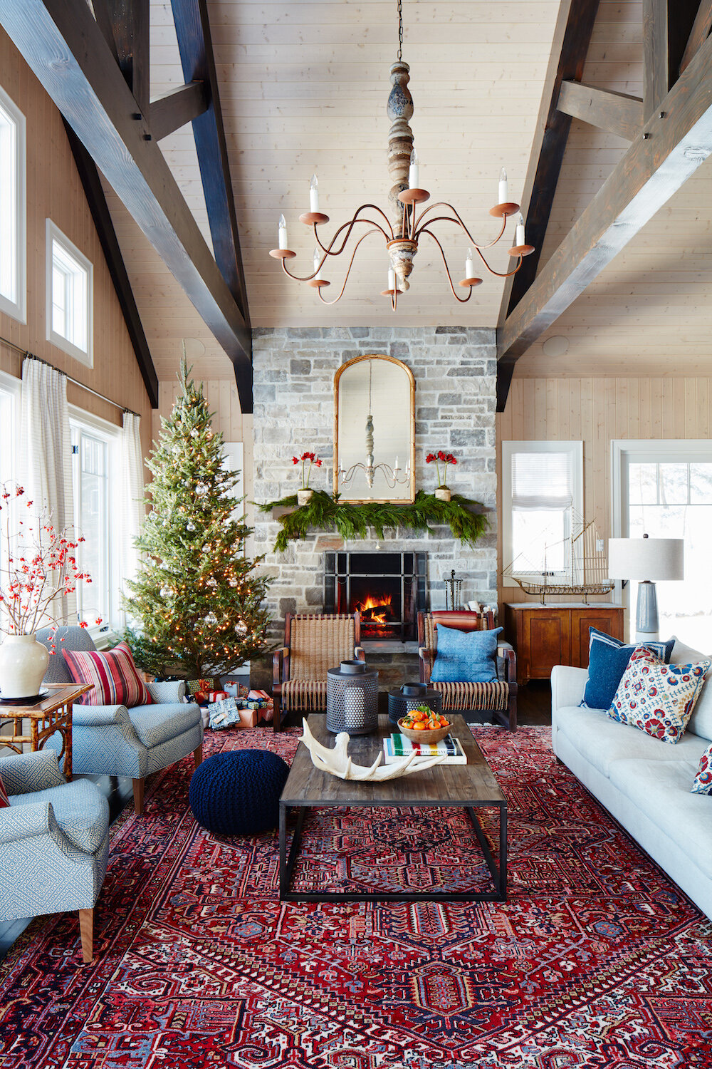 Holiday Decorations in a Warm Canadian Home — THE NORDROOM