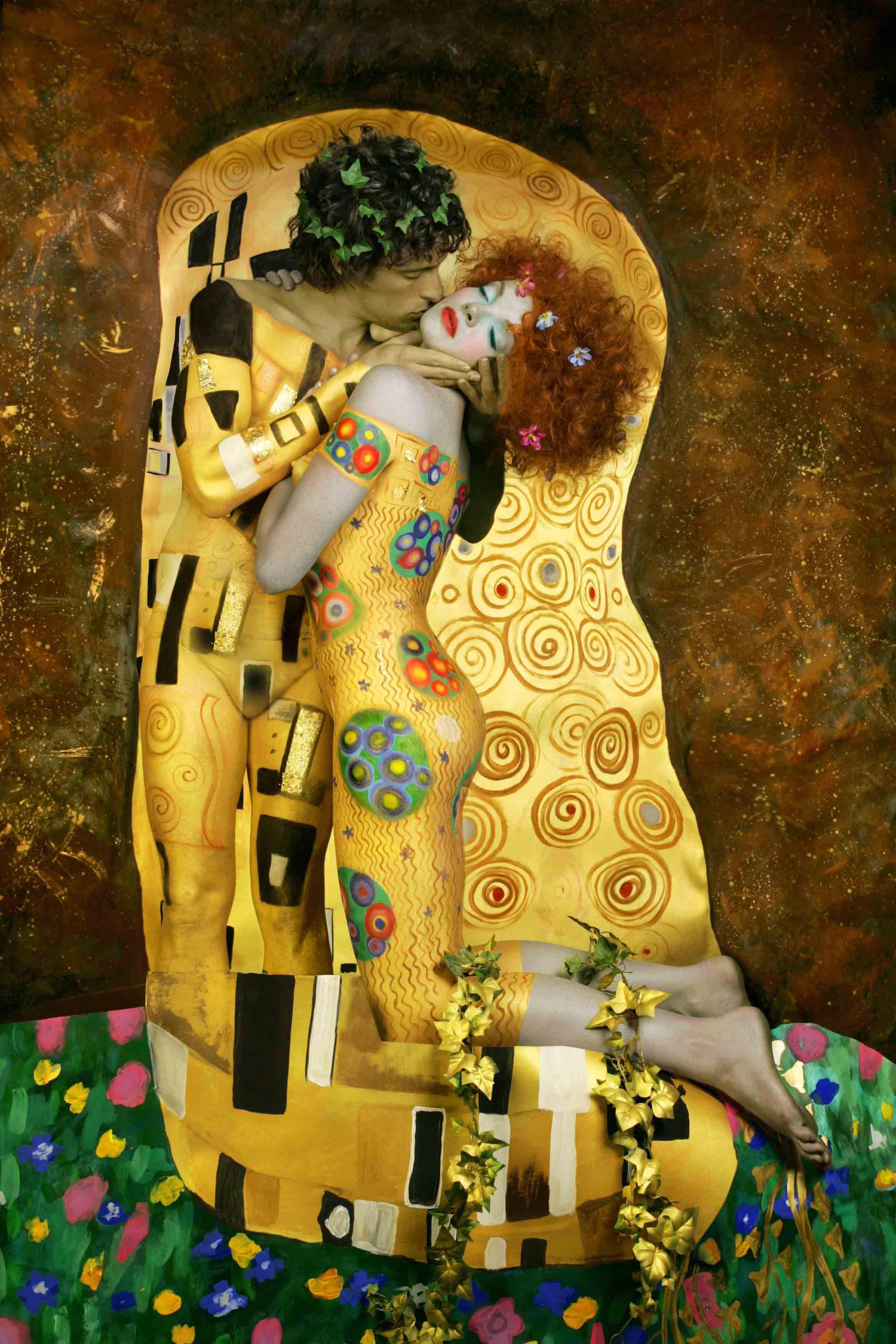Art Inspired by Gustav Klimt\'s The Kiss Painting | Pinterest ...