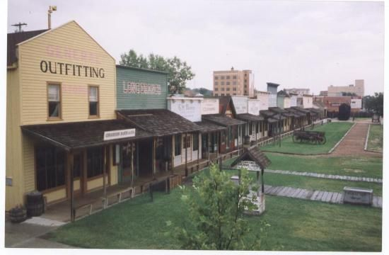 Dodge City Ks With Images Dodge City Road Trip To Colorado