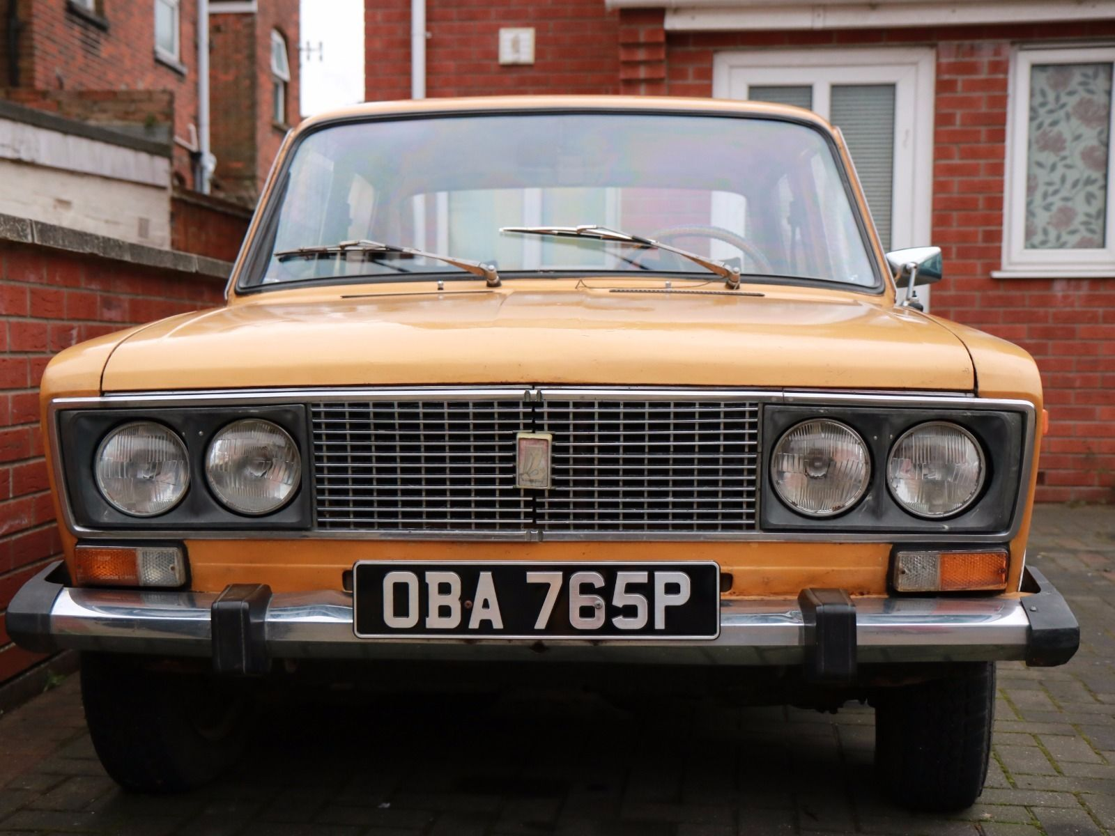 Lada 1600 / Vaz 2106 Classic car | Cars and Vehicle