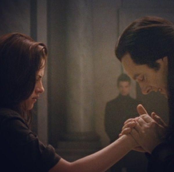 Aro and Bella | fanfiction couples | Twilight, Twilight saga