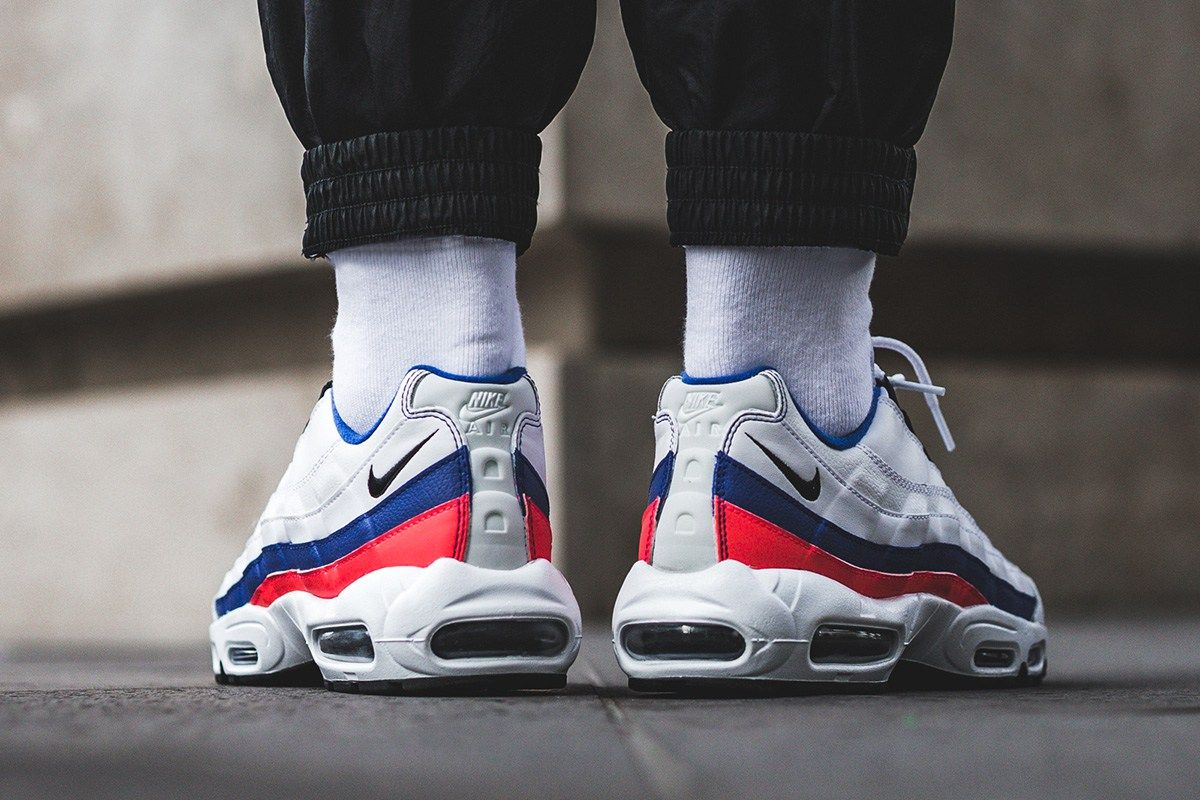 96993f9290c0 On-Foot  Nike Air Max 95 Essential