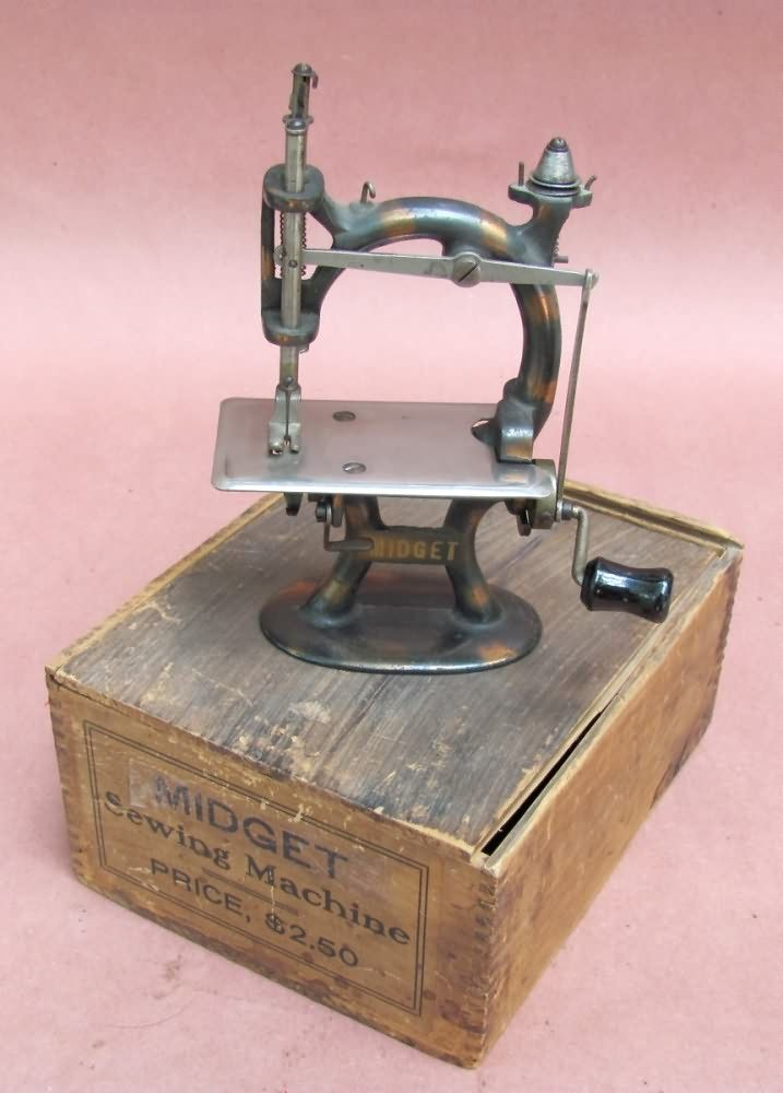 Patented antiques buys sells antique sewing machines a patented antiques buys sells antique sewing machines sciox Gallery
