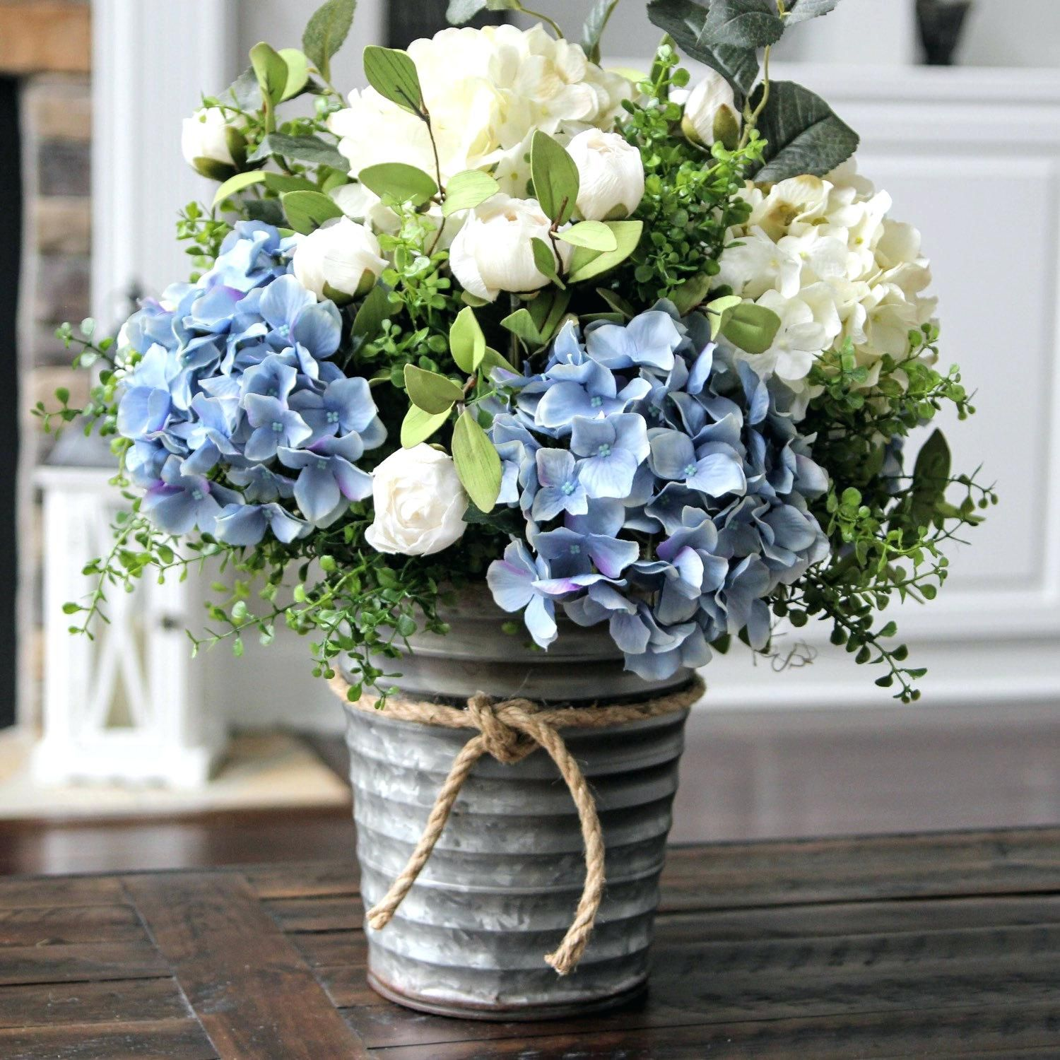 Interior Floral Arrangements With Hydrangeas Stunning Blue And Hydrangea Arrangements White Hydrangea Centerpieces Flower Arrangements