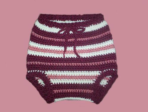 how to make crochet baby bloomers