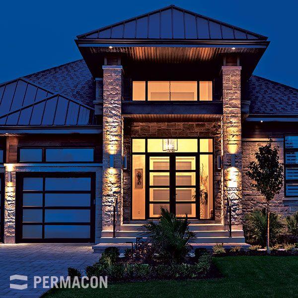 entr e de maison en pierre avec clairage de nuit fa ade pinterest maison entr e maison. Black Bedroom Furniture Sets. Home Design Ideas