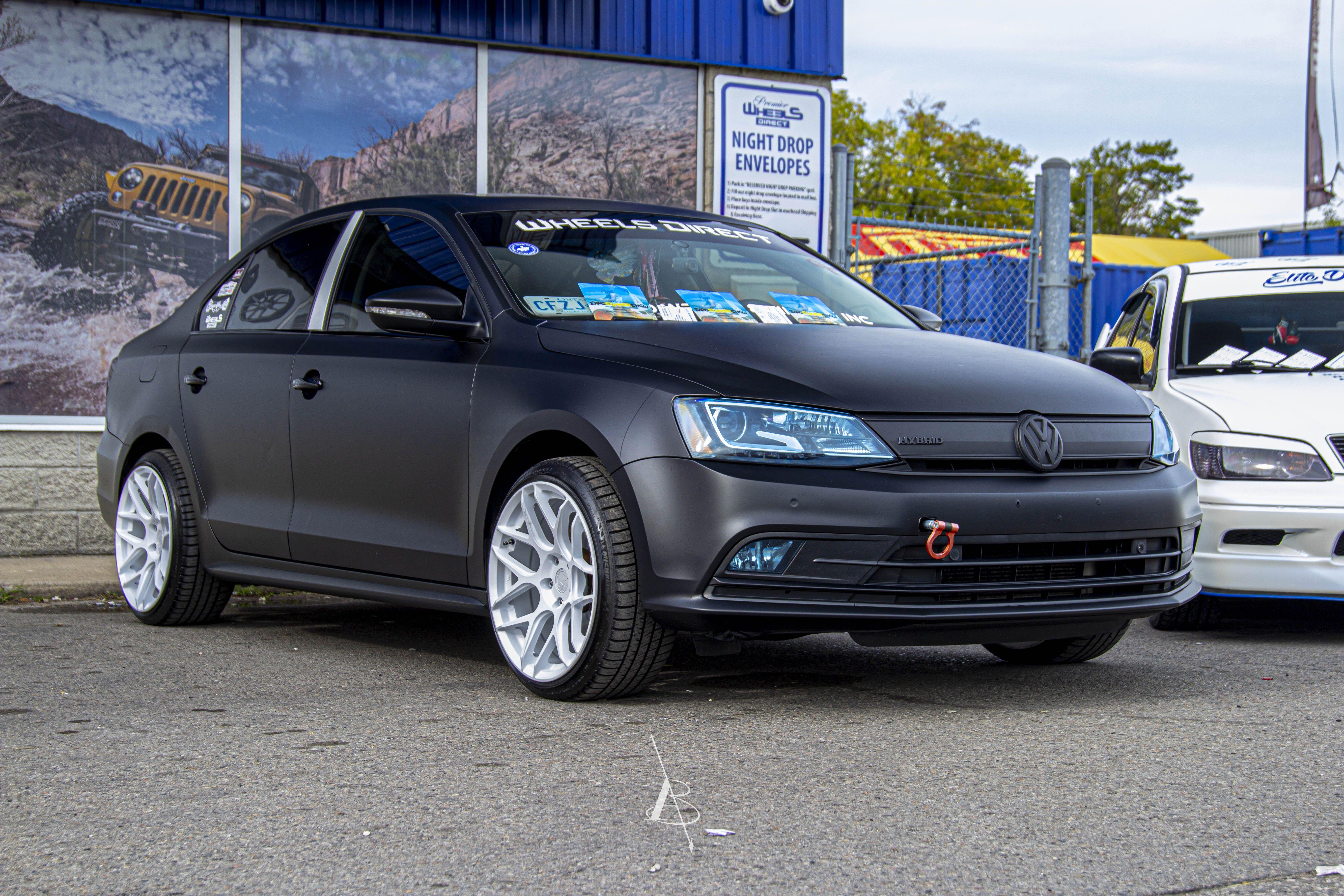 Volkswagen Jetta Hybrid Huge Thanks To Exposummershowca For Putting This Amazing Show Together Event Exposummershowc In 2020 Vw Jetta Volkswagen Jetta Jetta Gli