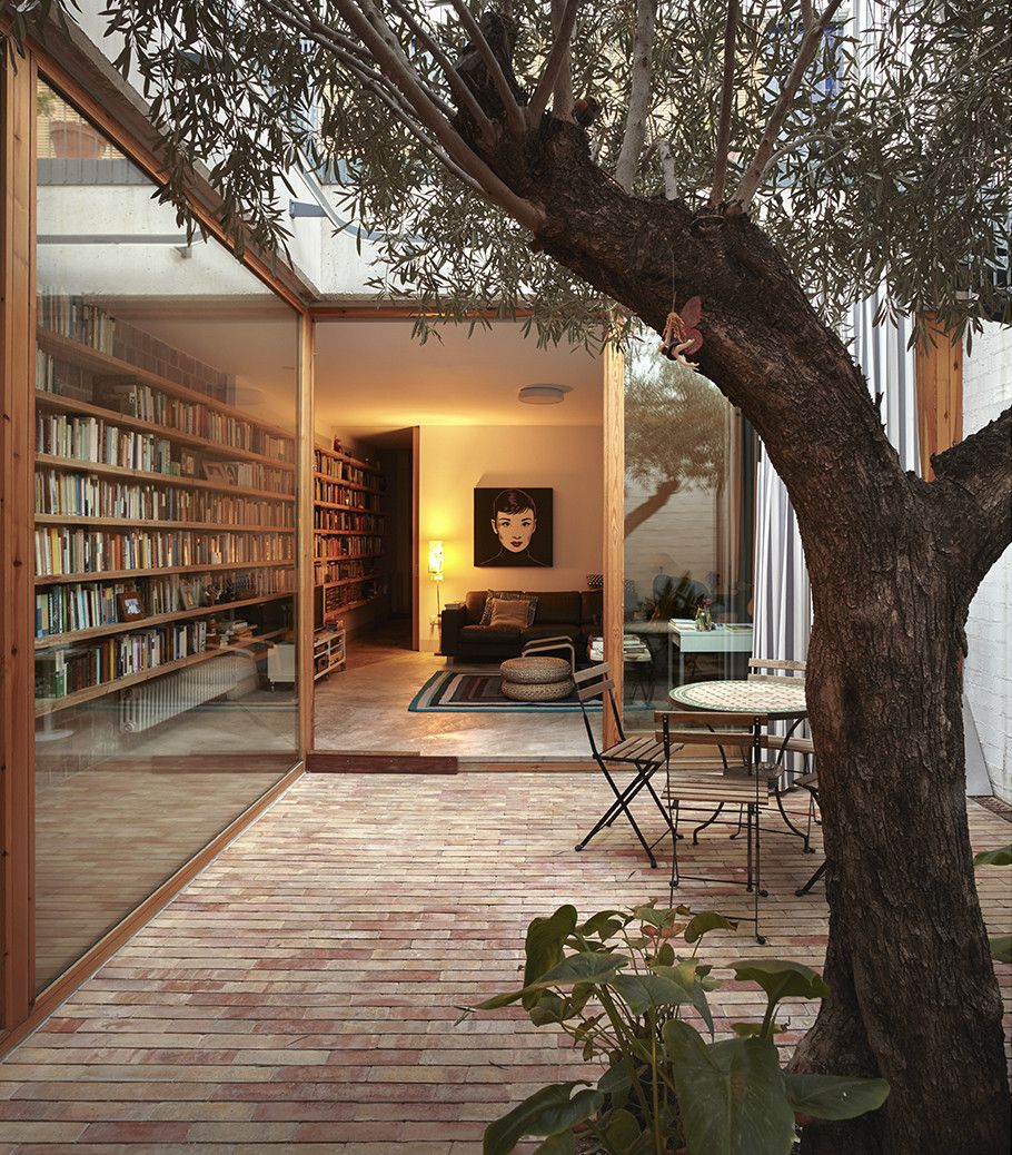 Small courtyard garden inspiration  Pin by Florent Aliane on Design Inspiration  Pinterest