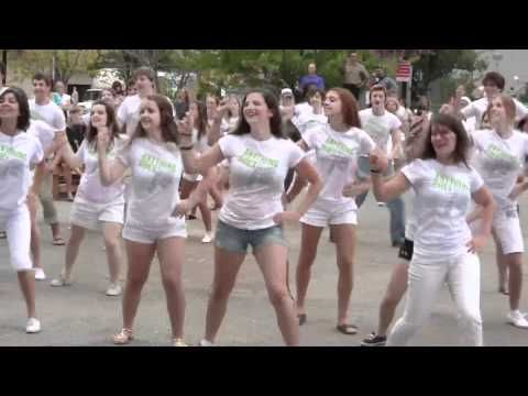 Anything Goes Flash Mob - YouTube | flash mobs | Dance ...