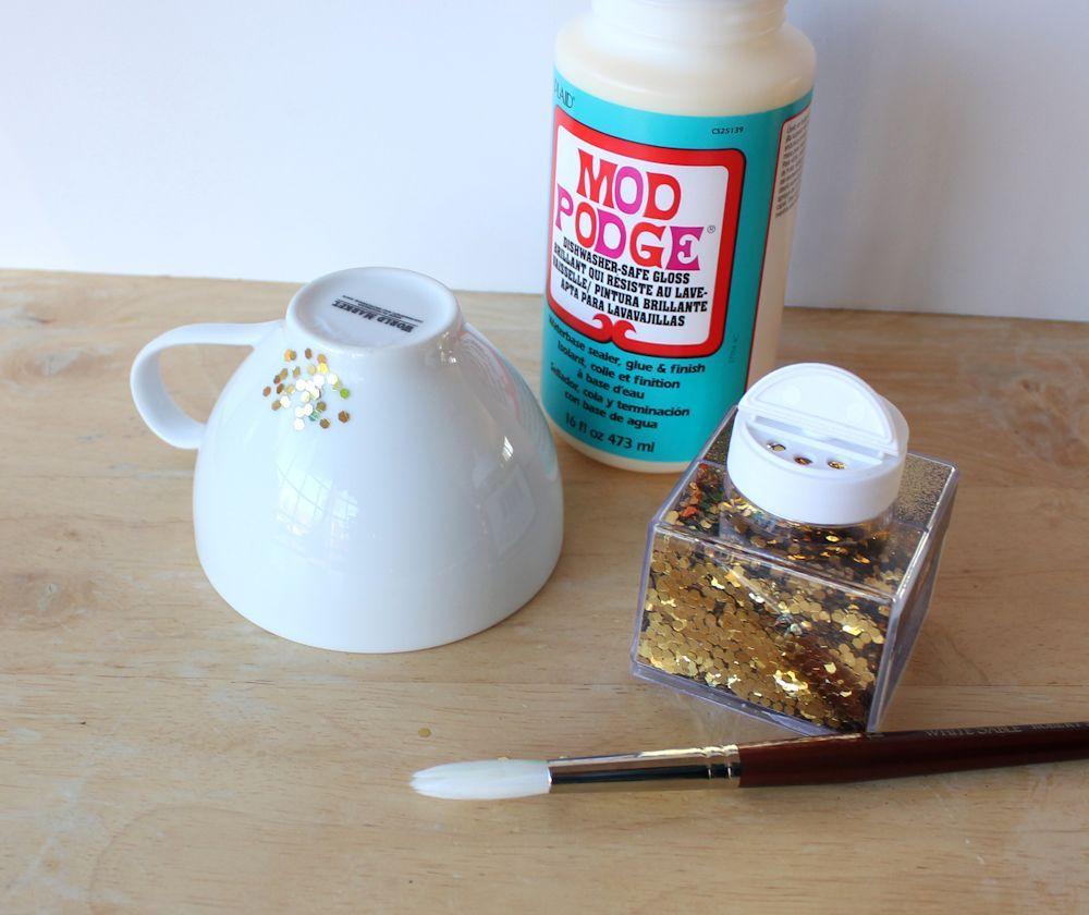 Lines Across Diy Gold Confetti Dipped Mug Diy Mugs Coffee Cups Diy Dishwasher Safe Mod Podge