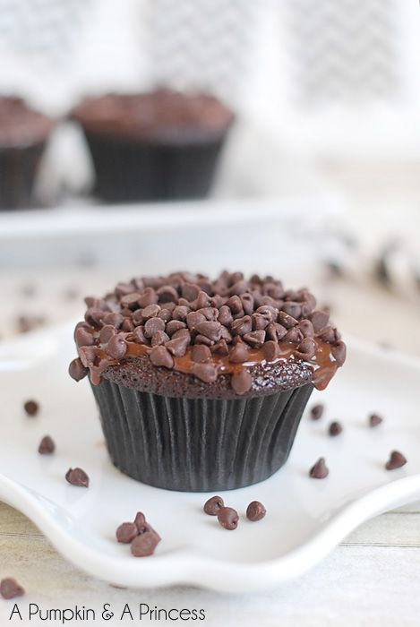 Triple Chocolate Cupcakes with Ganache Frosting Recipe...<3