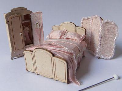 Quarter scale bedroom set - Lafayette