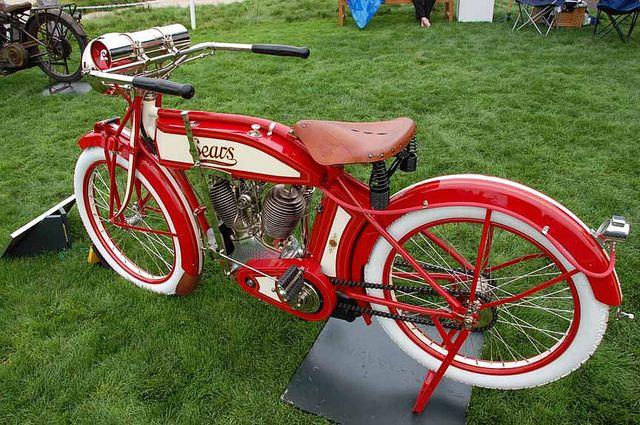 Harley Davidson: 1913 Sears Dreadnaught Twin