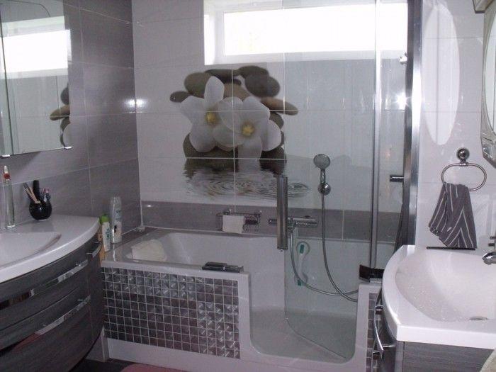 kleines badezimmer mit 2 waschbecken in graut nen mit twinline 2 duschbadewanne und orchideen. Black Bedroom Furniture Sets. Home Design Ideas