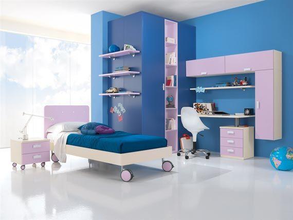 Modern furnishing in the child bedroom Dormitorio
