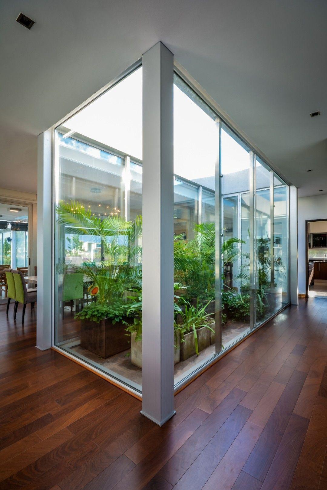 El jard n como estructurador de la vivienda contempor nea for Casa moderna jardines