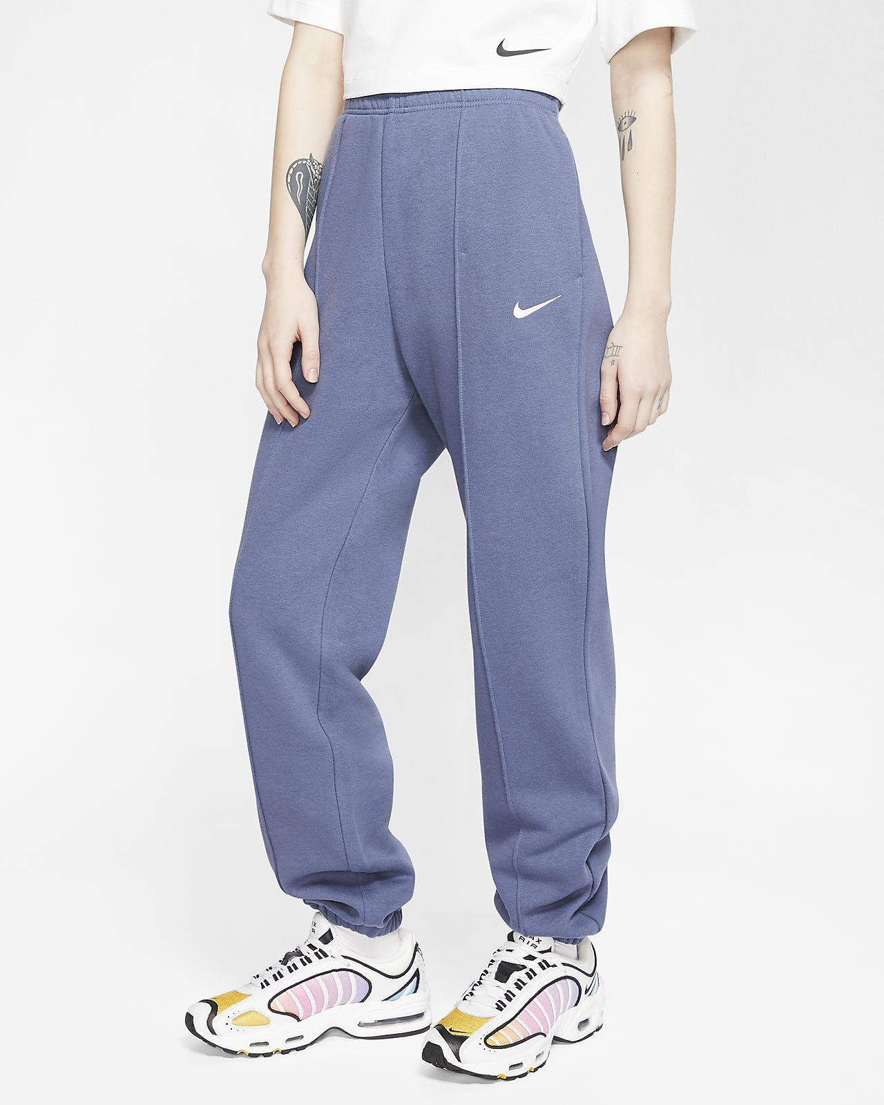 Nike Sportswear Essential Women S Fleece Pants Nike Com In 2020 Fleece Pants Women Nike Pants For Women Womens Fleece