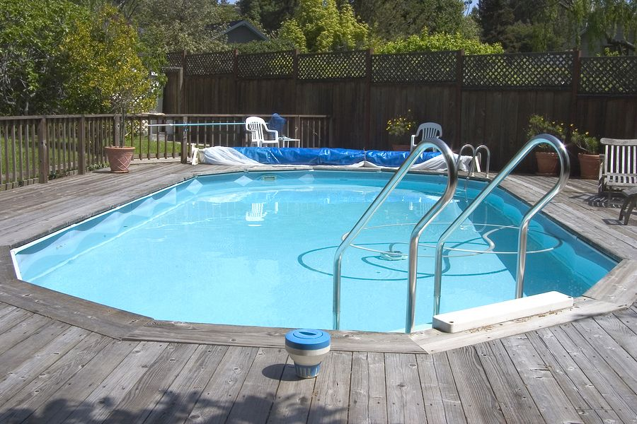 Idea For Edging Of Pool Deck. Take Off The Edges Each Winter And Pull The