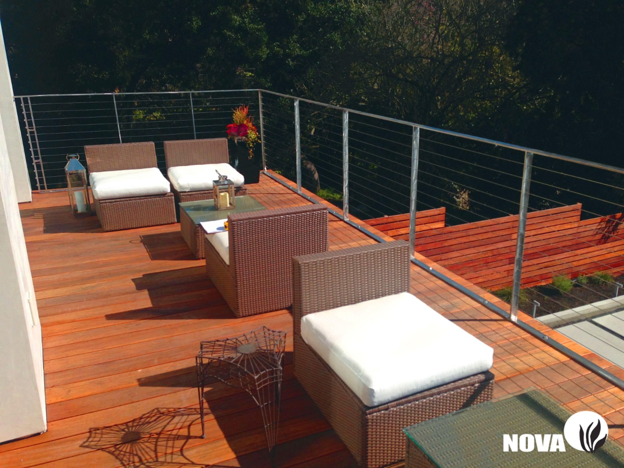 Vibrant Nova Batu hardwood deck built on