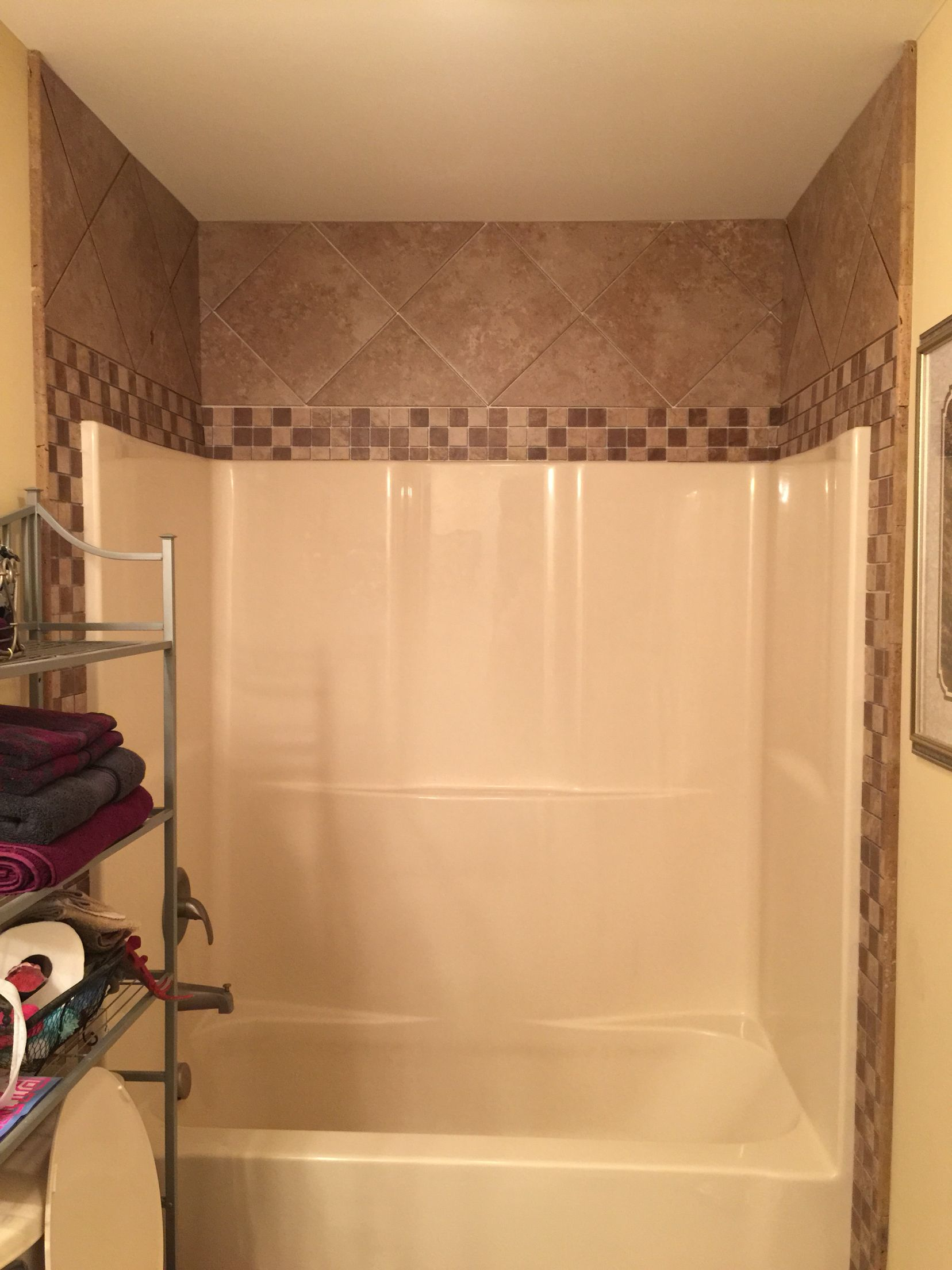 Tile around fiberglass shower/tub | bathroom | Pinterest ...