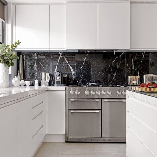 Modern White Georgian House Daily Dream Decor Modern Kitchen