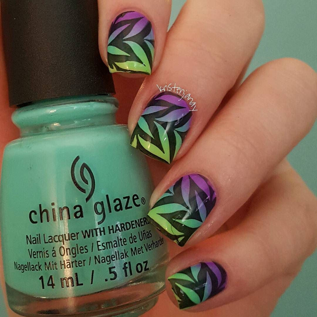 I am loving this neon gradient watermarble! I used Too Yacht To Handle and Plur-ple by @chinaglazeofficial and Vibrant Vibes by @essiepolish for the gradient. This isn't actually a watermarble it's a stamp from the amazing plate from @bundlemonster and @sloteazzy. - #bundlemonster #bmc #stampingnailart #watermarble #howtocheatatwatermarbleing #neons #gradient #chinaglaze #cgclique #hairandfashionaddict #nailpromote #nailitdaily #nailprodigy #nails #nailart #nailswag #nailporn #naildesign…