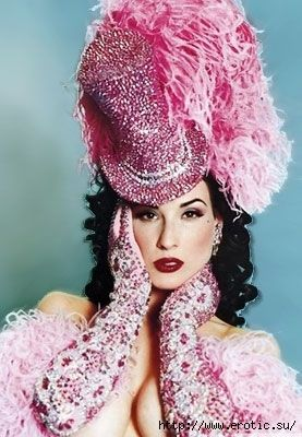 38aab8a5e58 Dita Von Teese- Madame Zingara seeks inspiration for her travelling Theatre  of Dreams