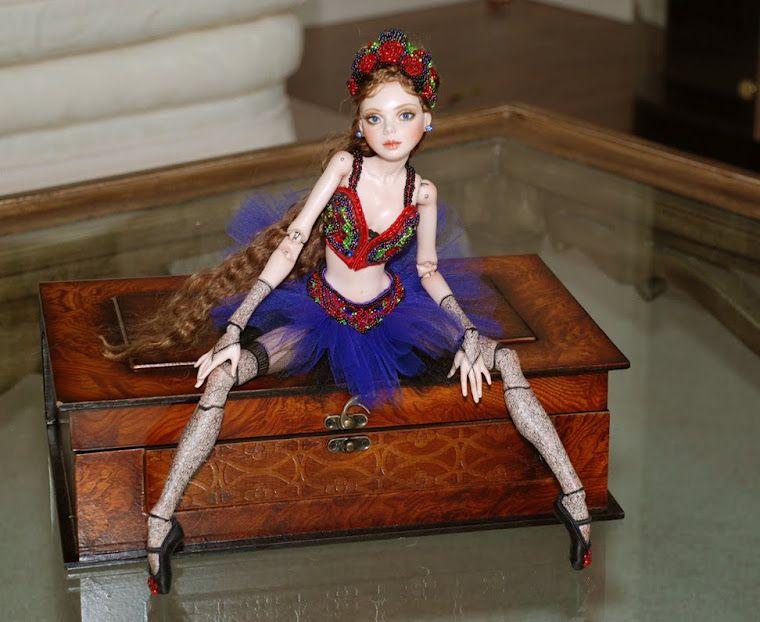 Cindy McClure dolls, artist, sculptor and illustrator