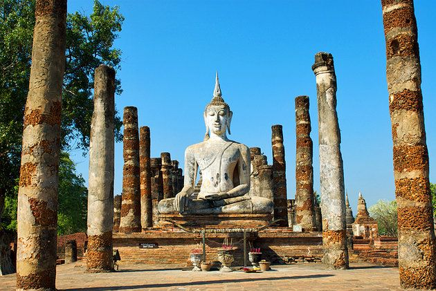 Wat Mahathat Statue Historical Landmarks Tourist Attraction
