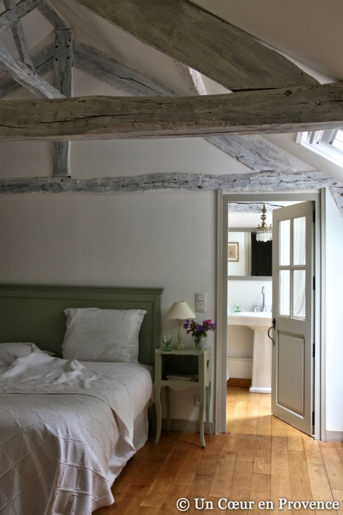 Un coeur en provence le mesnil des bois chambres de - Chambre d hote couleur bois et spa ...