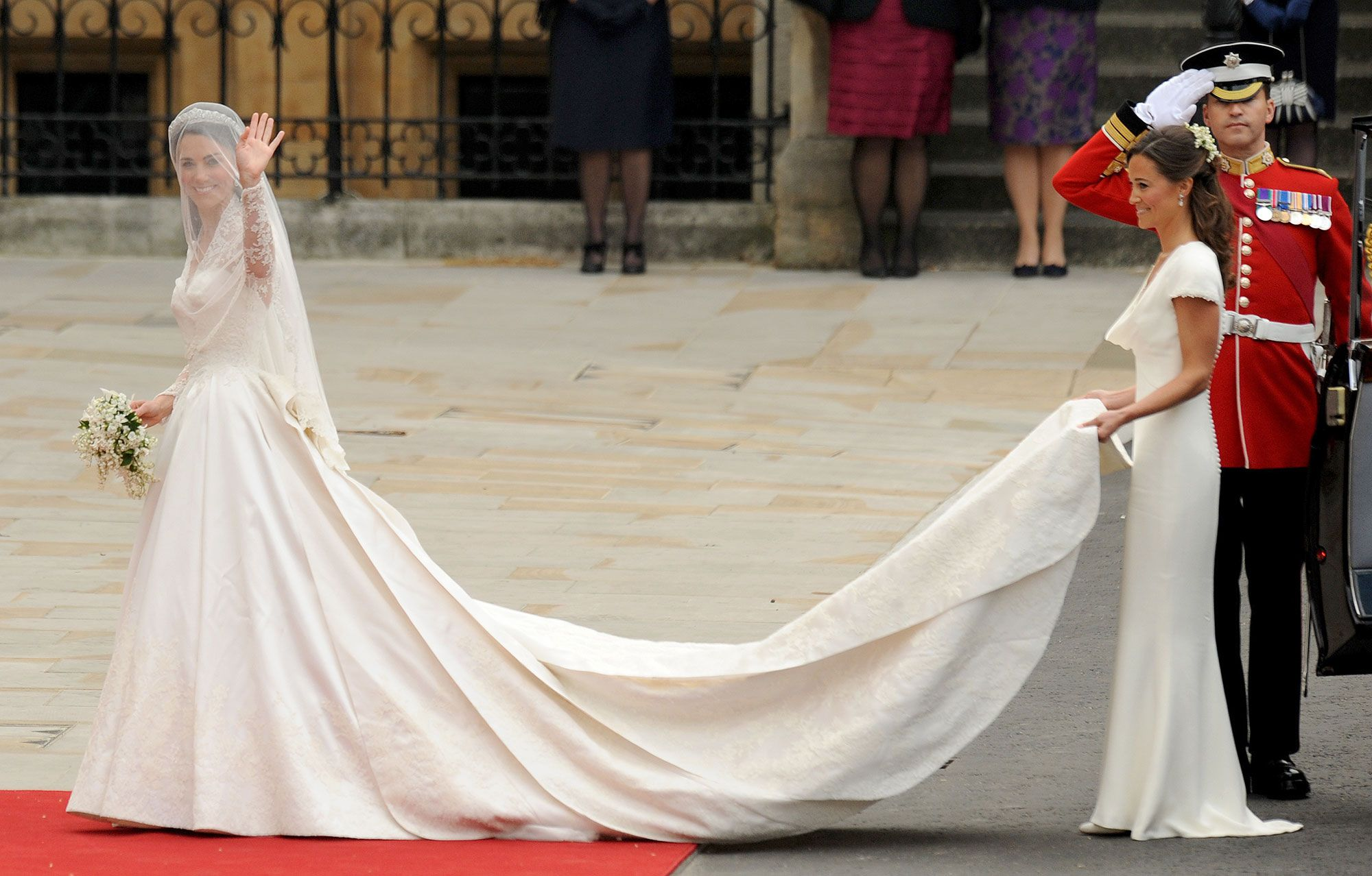 How Prince William Unexpectedly Helped Kate Middleton S Hairdresser On Their Wedding Day Royal Wedding Gowns Royal Wedding Dress 2nd Wedding Dresses [ 1278 x 2000 Pixel ]