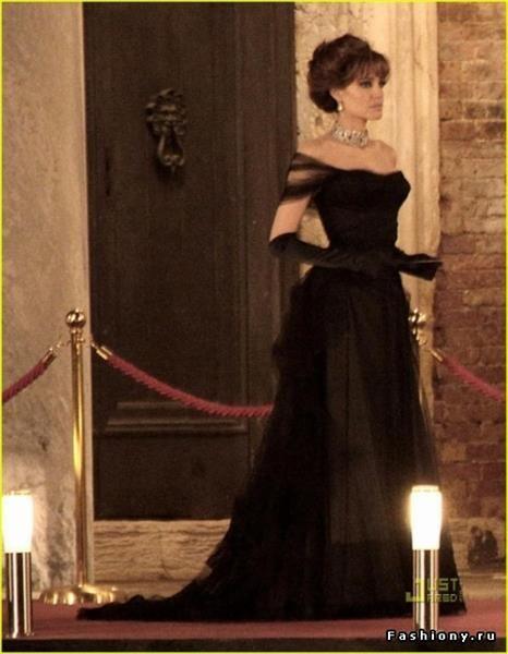3b296823109 Черное платье в кино