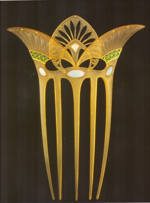 Georges Fouquet Egyptian papyrus and lotus art deco design inspired by discovery of King Tut's tomb.
