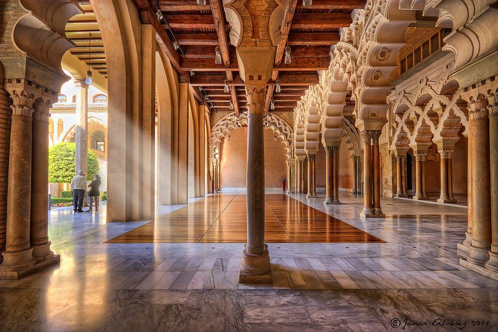 El palacio de la aljafer a de zaragoza es el nico testimonio conservado de un gran edificio de - Arquitectura en zaragoza ...