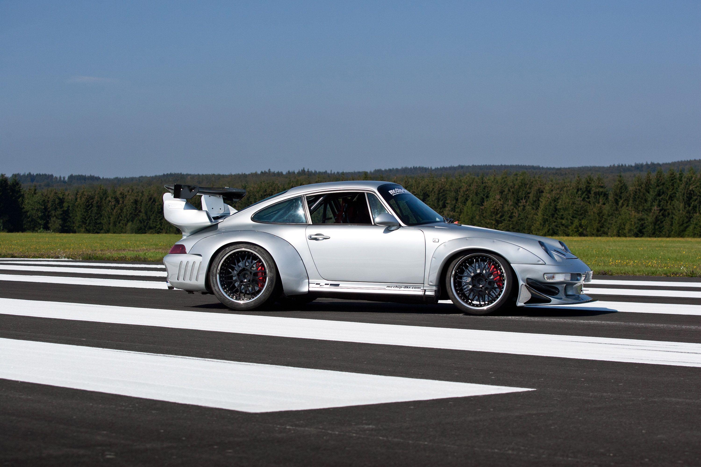 Mcchip DKR Porsche 993 GT2 Turbo Widebody MC600 Picture 05