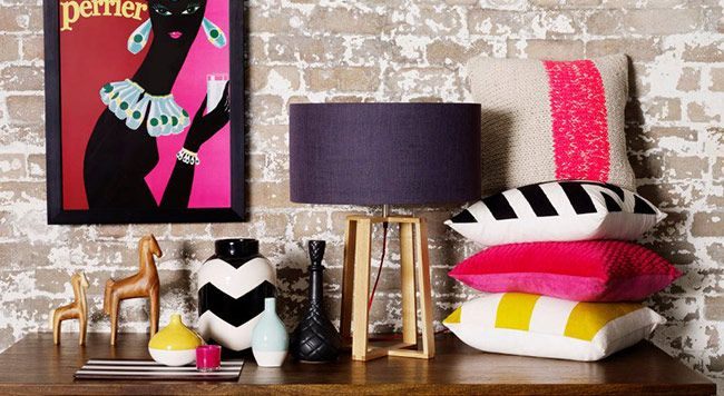 Coloured accessories for the home