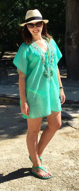 COUTURE DU JOUR by Mimi: Vacation - Beach and Poolside Looks