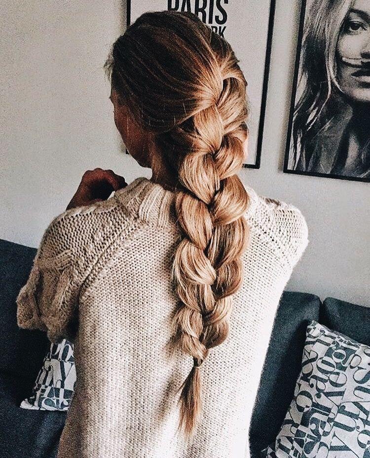 Épinglé par Melorie Fortin sur Coiffure Cheveux coiffure