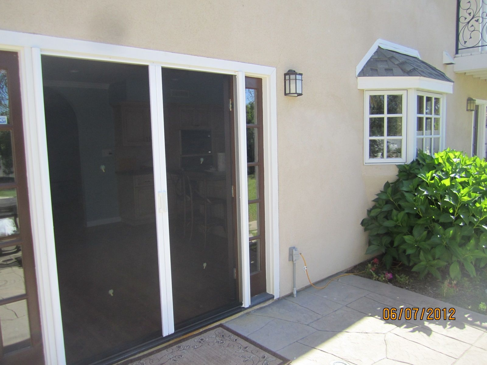 Captivating Retractable Screen Door For Home Decoration Ideas Cool Exterior Design With Retractable Screen Door Plus Beige Wall And Wall Scones & Retractable Security Screen Doors | http://franzdondi.com ...