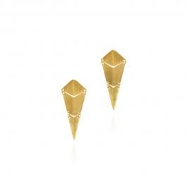Leddelt ørestik i diamantform i forgyldt sterling sølv. Øreringen har en længde på 2,5 cm. og 1 cm. i bredden.