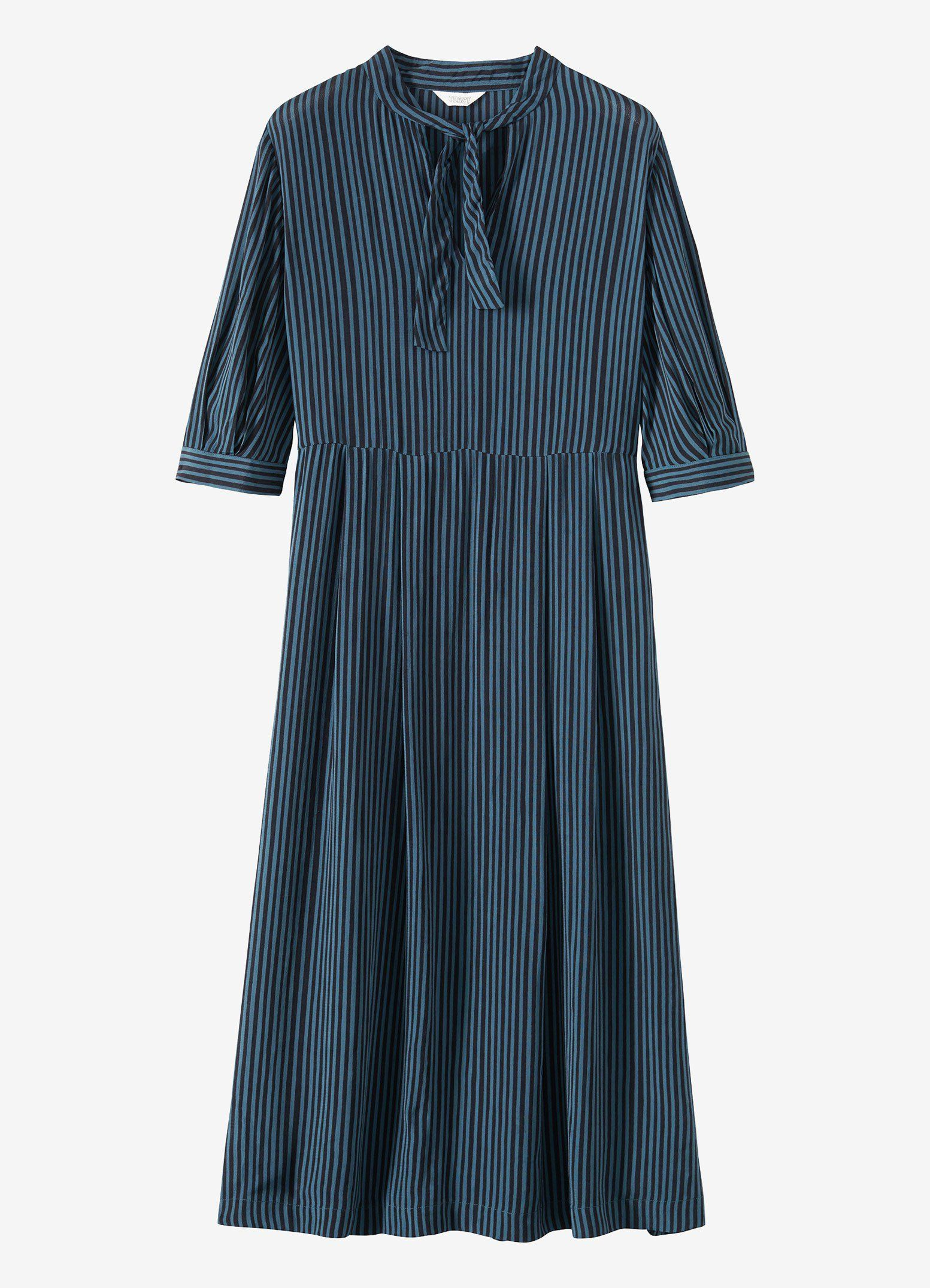 9b6aafcaac9f Vertical Stripe Print Dress