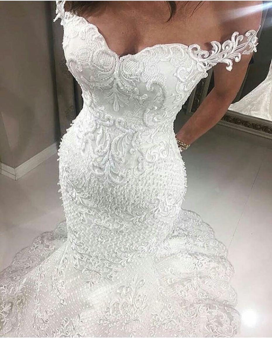 Custom Wedding Dresses And Bespoke Bridal Attire Wedding Dresses Wedding Dresses Lace Lace Bridal Gown [ 1154 x 930 Pixel ]
