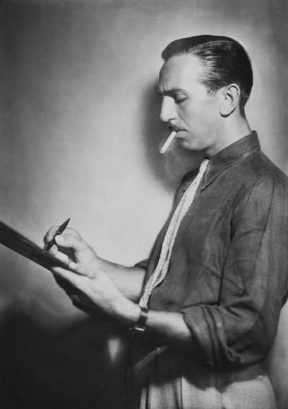 A Young Walt Disney Life Long Smoker Walt Died Of Lung Cancer