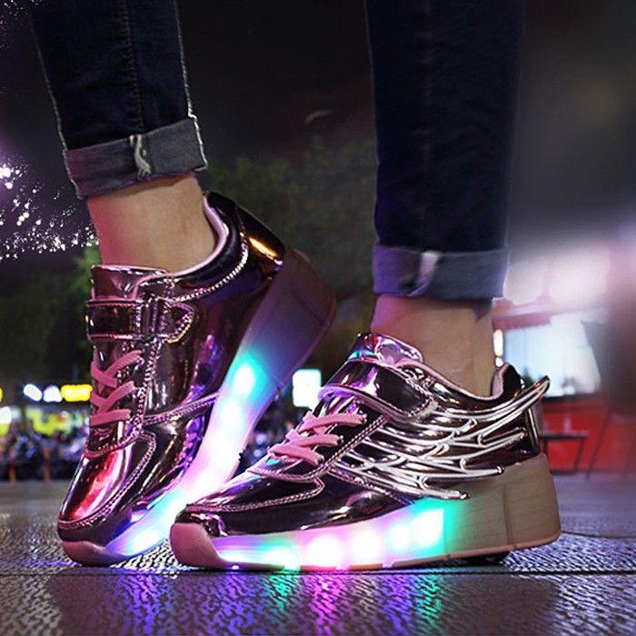 Chaussures À Roulettes Led Avec Des Ailes   Chaussures à roulettes ...