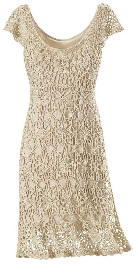 Vestido realizado con aplicaciones de crochet   prendas   Pinterest ...
