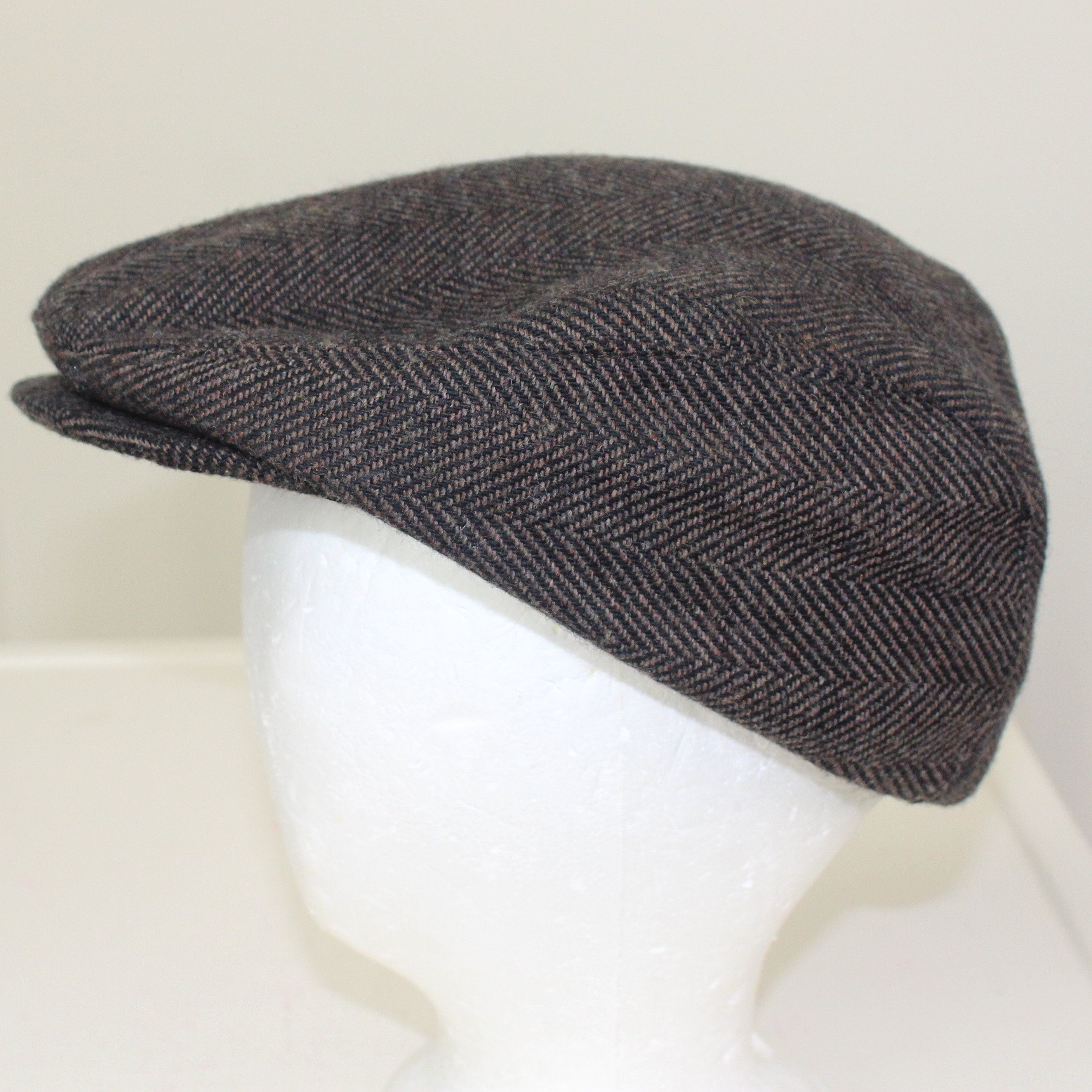 Broner Driving Cap with Ear Flaps Med Thinsulate Cabbie Hat Herringbone  Tweed Duckbill Cap by ThePuppeTree on Etsy 78ac6c824812