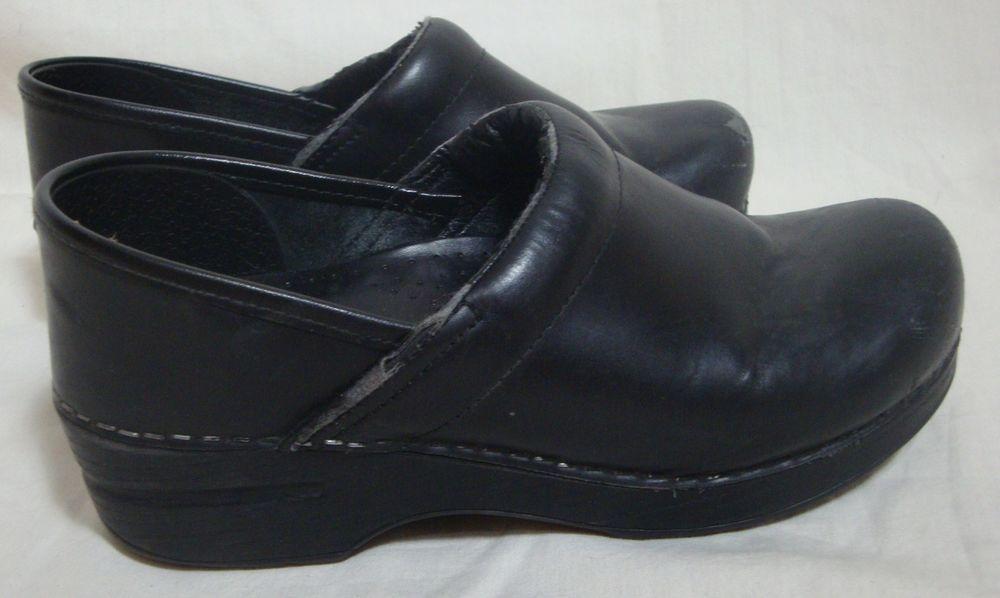 Dansko Black Leather Clogs Medical Shoes Uniform Cushioned Insoles Size 37 #Dansko #NursingUniform
