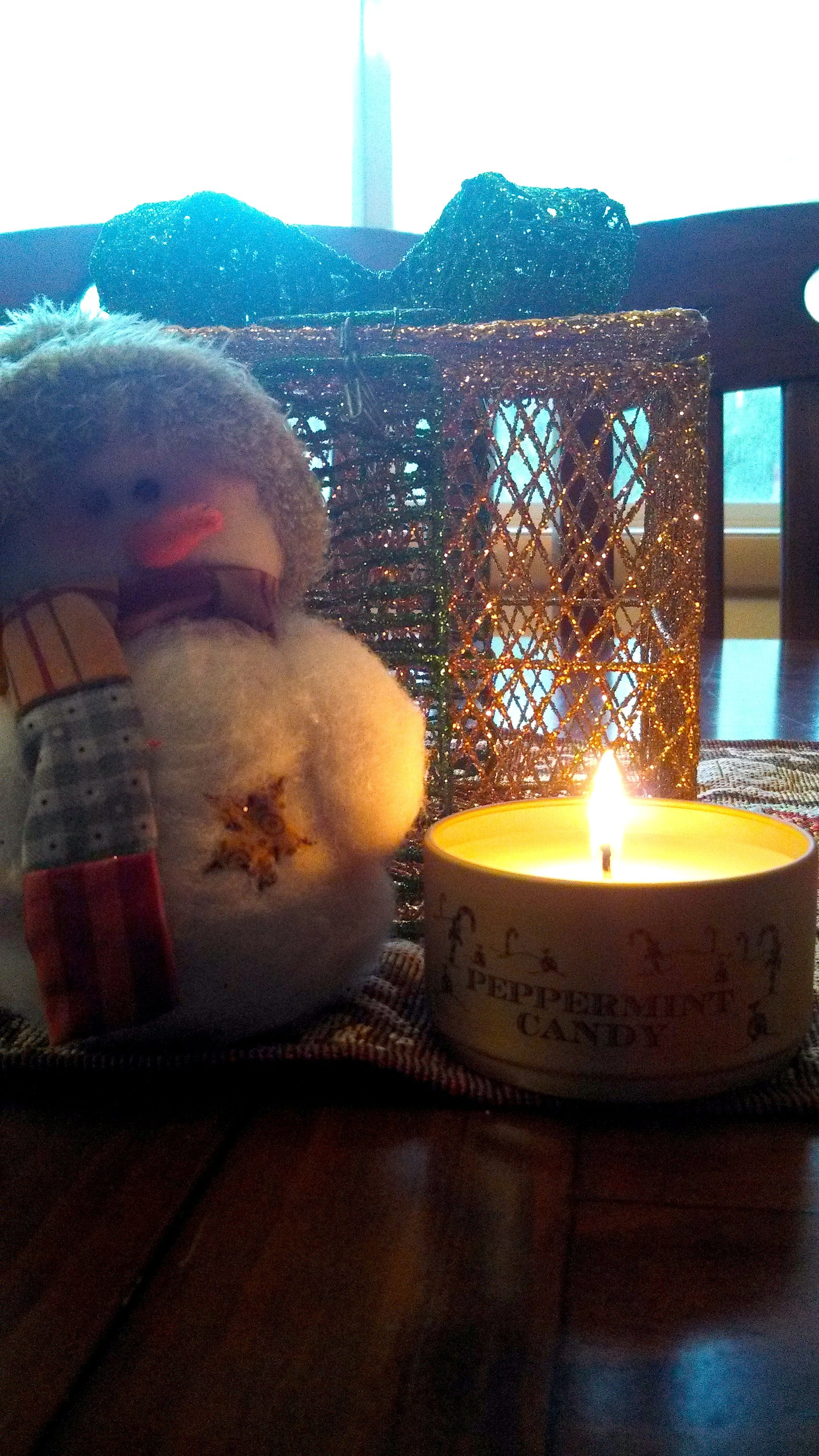 Better make sure Mr. Snowman doesn't get too close…..we don't want him to melt ;) www.jewelscent.com/sarahb